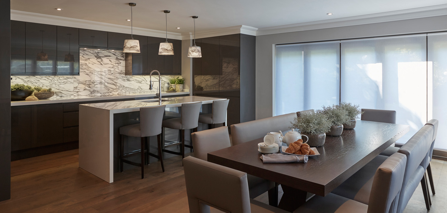 Motorised roller blinds will give your Kitchen and dining open areas a simple and a sleek solution for light filtering and privacy.