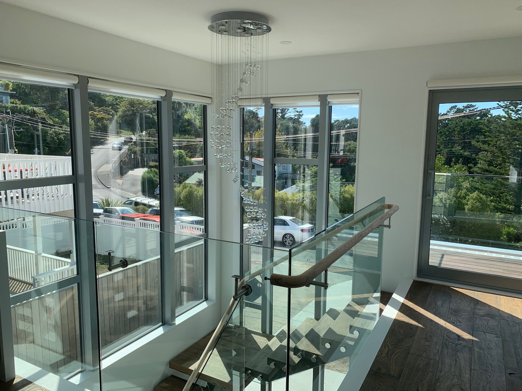 Motorised roller blinds project includes of  using the iSW25LE Li-ion battery powered motors, iSW25CE 12V DC motors, solar charge panels and battery wands for stairways high window